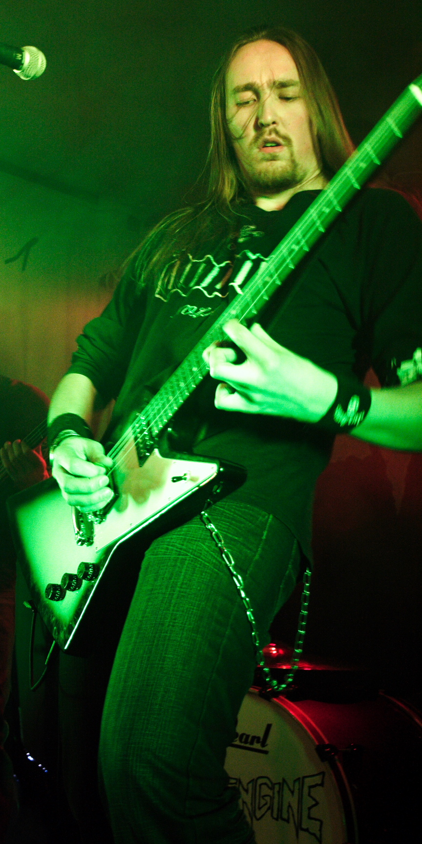 antti-uses_gibson_sm
